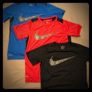 Boys Youth Large Nike DriFit short sleeve shirts
